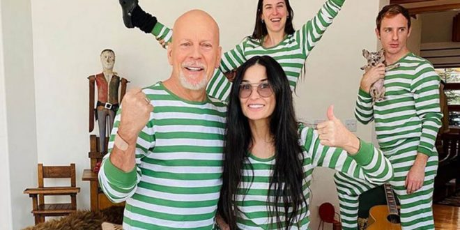 """Брус Вилис и Деми Мур ја ишишаа """"лустер"""" својата ќерка и го објавија видеото на Инстаграм"""