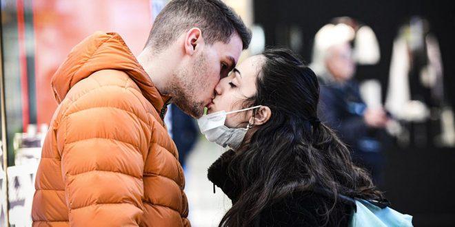 Коронавирус и секс: Сè што сакавте да знаете, но сте немале кого да прашате