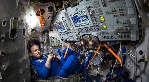 Астронаутот кој помина една година во вселената советува како да ја преживееме изолацијата: Една работа не пропуштал да прави
