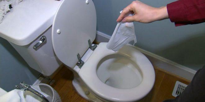 Коронавирусот демне дури и од тоалетот: Затворете го капакот!
