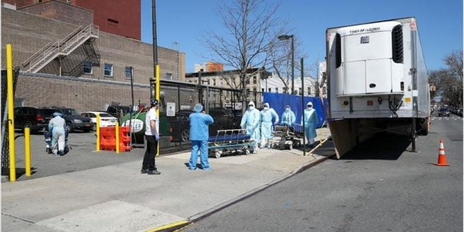 Си-Ен-Ен: Во болницата во Детроит, луѓето умираат по ходниците, сестрите одбиваат да работат