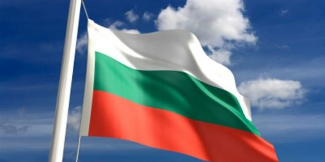 Македонците ќе можат да патуваат во Бугарија од први јуни без задолжителниот карантин