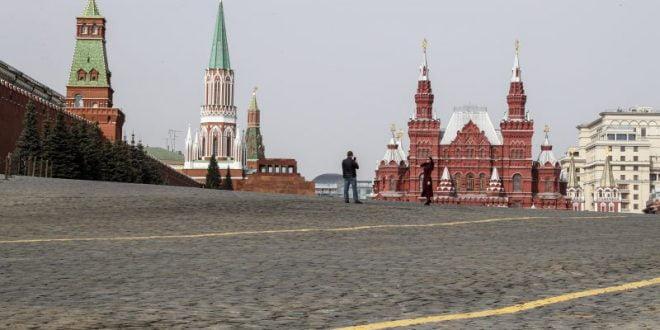 Рестриктивни мерки во Москва сè додека не пристигне вакцината