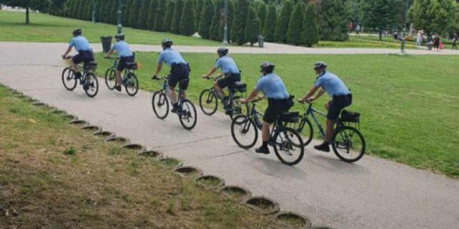 Општина Центар: Полицајци на велосипеди спречиле десетчлена банда која ограбувала граѓани