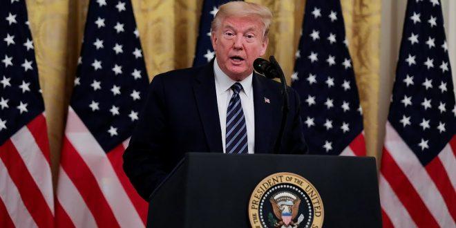 Трамп: Демонстрантите да не се осмелуваат да се пробијат во Белата куќа