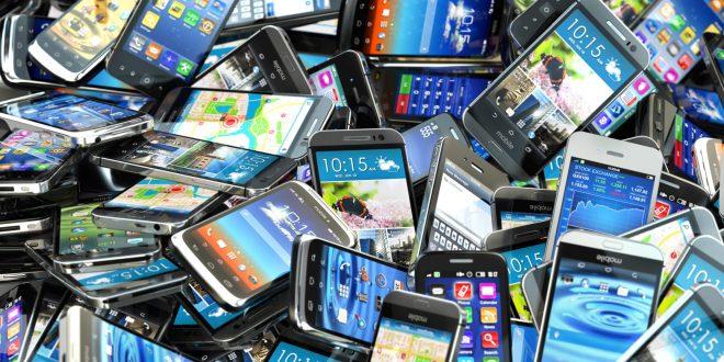 Кои се премиум телефоните со најдобри перформанси во текот на месец мај, а кои се најдобрите од средниот сегмент? (фото)