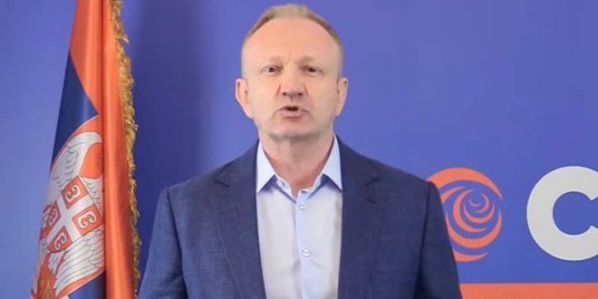 Ѓилас кон Вучиќ: Поради изборите, ги турна луѓето во смрт (ВИДЕО)