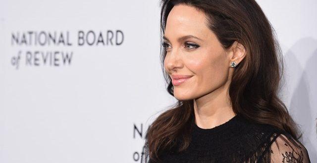 Убавото лице најлесно се забораваа – освен ако не сте Анџелина Џоли