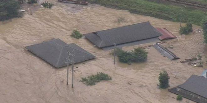 Најмалку 16 починати во поплавите на југот на Јапонија
