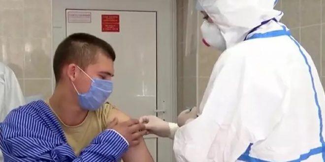 Русија: Вакцината создаде имунитет кај волонтери без несакани ефекти
