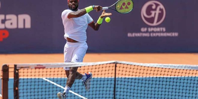 Американски тенисер позитивен на коронавирус, турнирот продолжува