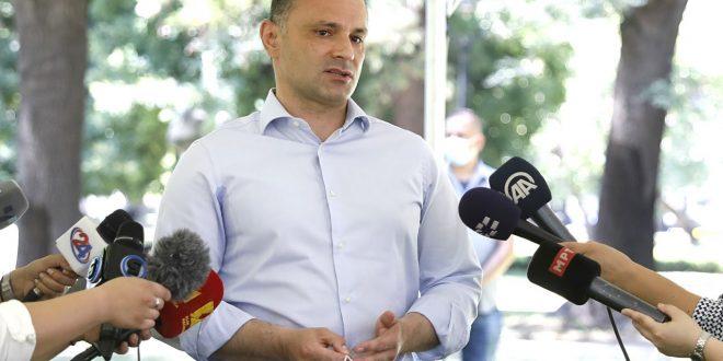 Филипче: Комисијата е за онлајн-настава, освен за првачињата, ќе се разгледуваат протоколите и за градинките