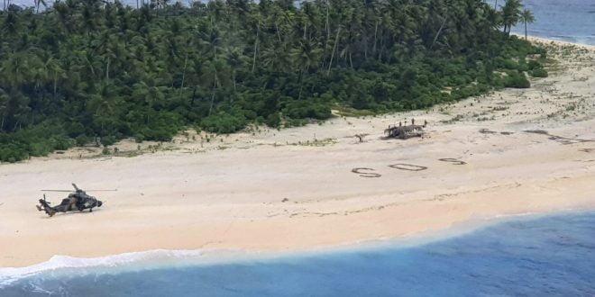 Три лица спасени од остров со помош на СОС-порака во песок