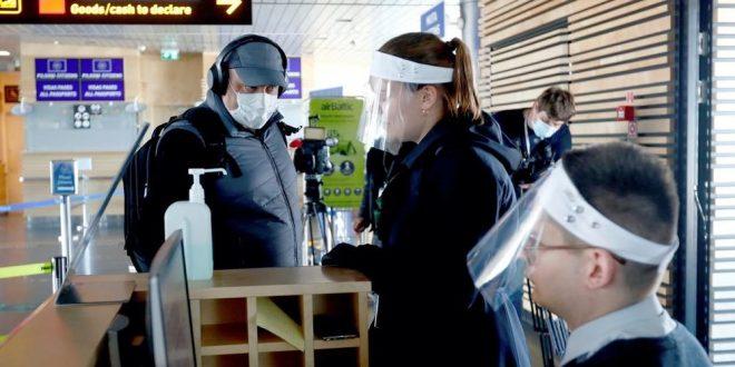 Сите со визири заразени, тие што носат маска немаат вирус: Неверојатни резултати од испитување во Швајцарија