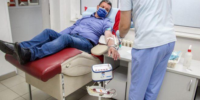 """Георгиевски донираше крвна плазма: """"Го исполнив ветувањето кое си го дадов уште додека се лекував"""""""