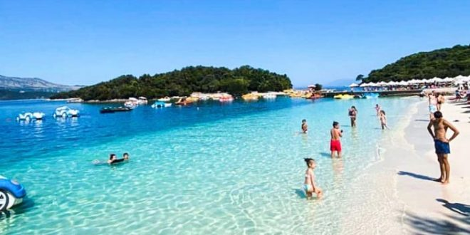 Популарни летни одморалишта во Албанија каде сè уште можете да го поминете вашиот одмор