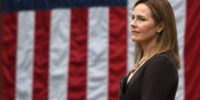Која е Ејми Кони Берет, кандидатката на Трамп за судија на Врховниот суд на САД?