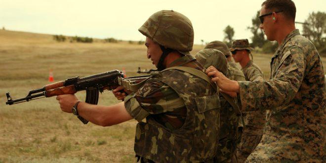 Гардијан: Ердоган им плаќа на сириските бунтовници 700 евра месечно за да се борат против Ерменија