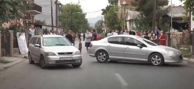 Ѓорчепетровци на протест против дивеењето и трките на улиците