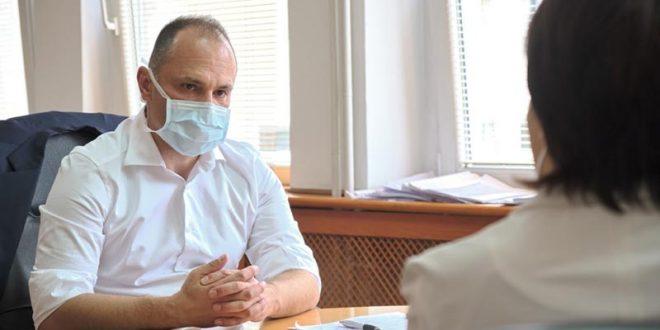 Филипче за нападот врз лекарот од Тосикологија: Насилството не е решение, институциите да го истражат случајот