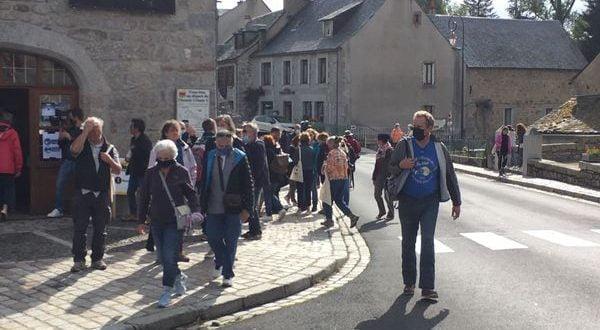 Над 10.000 новозаразени во Франција