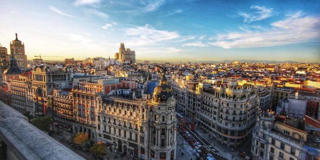 Главниот град на Шпанија се претвора во карантин