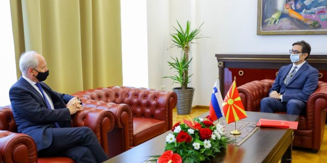 Пендаровски ги прими акредитивните писма на новоименуваниот амбасадор на Словенија, Милан Предан