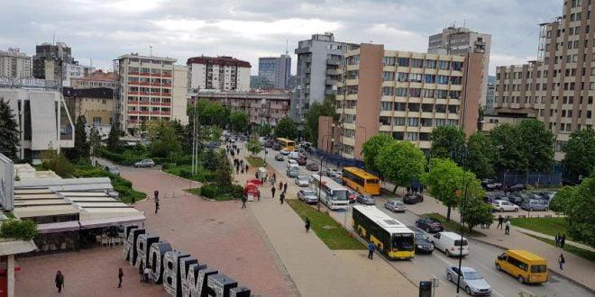 Приштина блокирана: Пронајден е сомнителен куфер во пресрет на посетата на Гренел