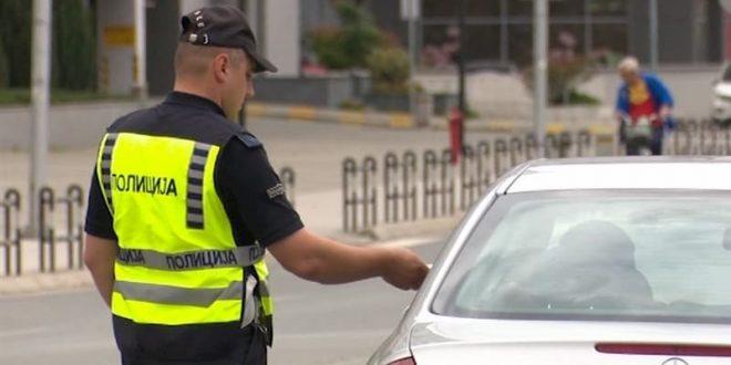 Полицијата казни 60 возачи за еден час во Гостивар