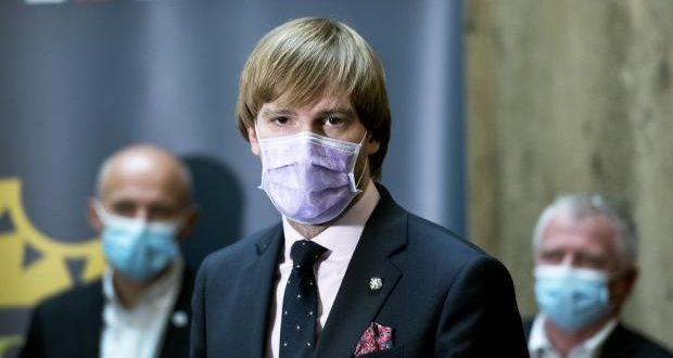 Ситуацијата со короната е надвор од контрола: Чешкиот министер за здравство поднесе оставка
